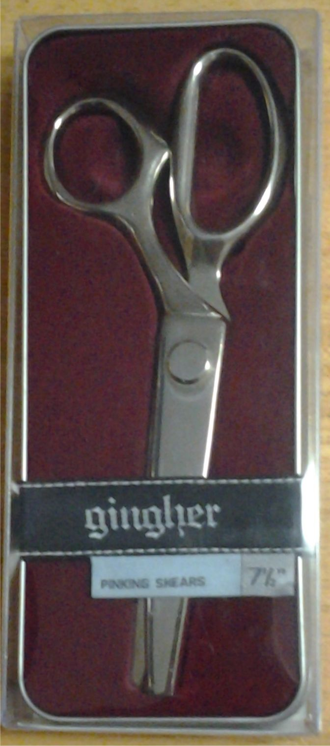 "Gingher 7 1/2"" Pinking Shears"